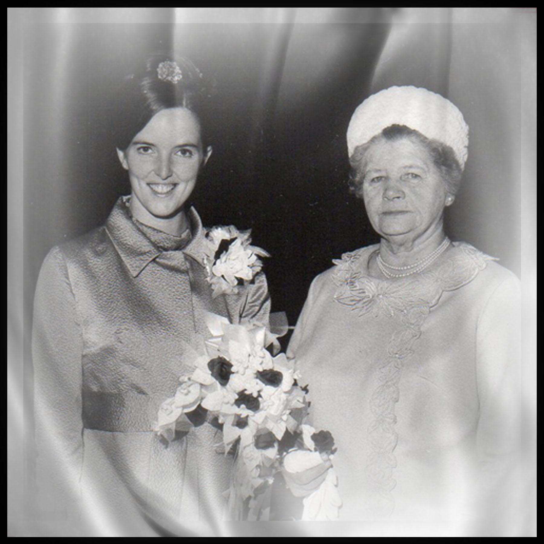 1969-07-05 Corol and Grandma Annie Smith